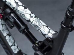 Dyedbro / frame stickers